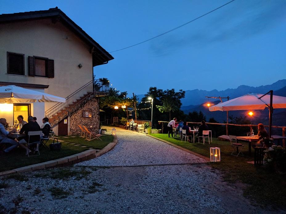 Casa Cortiana di sera