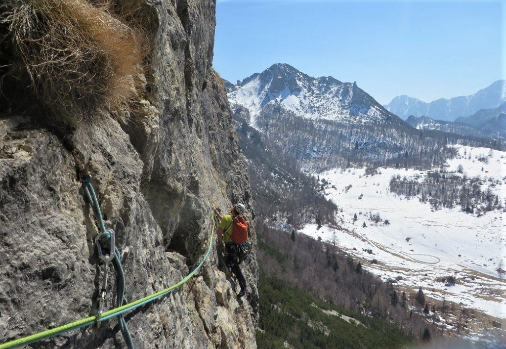 Alpinisti durante la salita (2)