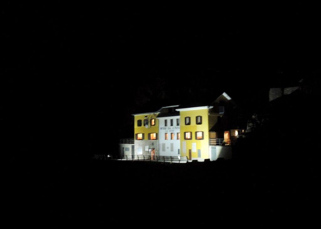 52 Gallerie in notturna